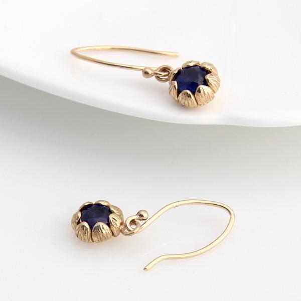 9ct Gold Chrysanthemum Drop Earrings