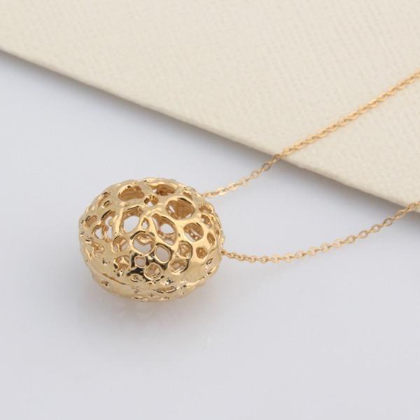 Gold Lace Pod Necklace