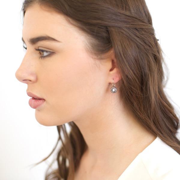 Kina Drop Earrings