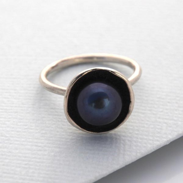 Pearl Cap Ring