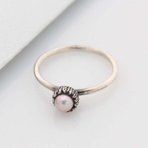 Small Textured Cap Ring - Pink