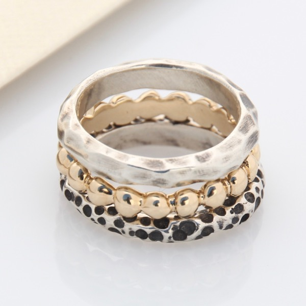 Pebble Ring - 9ct gold