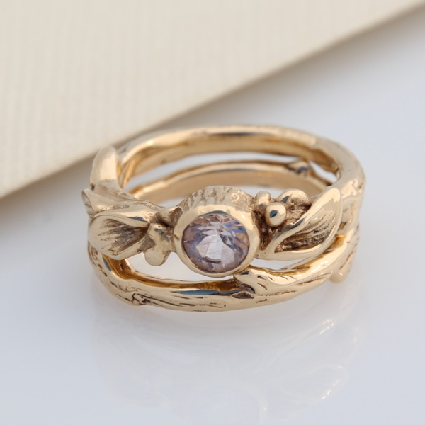 Floral Solitaire with Morganite